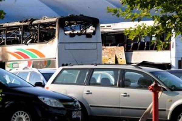 Bulharsku sa stále nedarí identifikovať atentátnika.