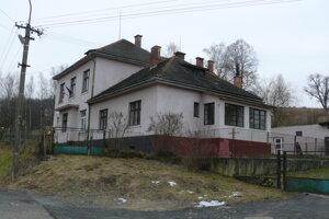 Škola v Korytárkach.
