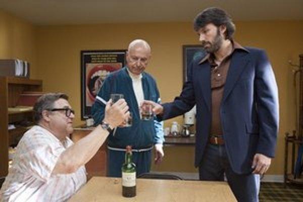 Affleckov film Argo bol nominovaný aj na prestížnu cenu americkej filmovej akadémie Oscar.