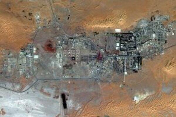 Satelitný pohľad na objekt, kde zadržiavajú rukojemníkov.