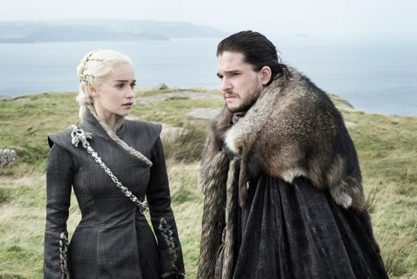 Daenerys Targaryen a Jon Snow.