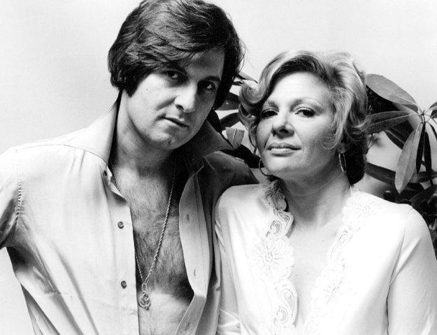 Joe Bologna s manželkou Renée Taylorovou. Neskôr sa stala známejšou tvárou práve jeho žena.