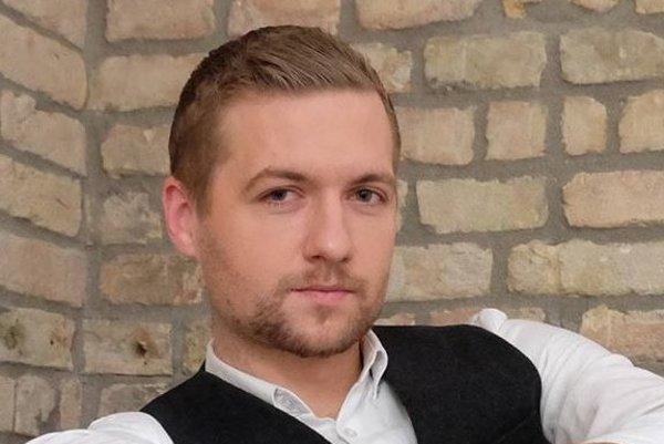 Redaktor Týždňa Michal Magušin sa so šéfom SNS Andrejom Dankom rozprával vo chvíli, keď sa dozvedel o odvolaní ministra školstva Petra Plavčana (SNS).
