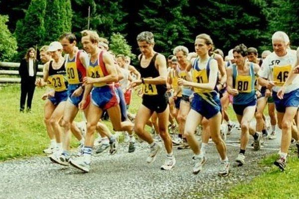 Štart pretekov z roku 2001.