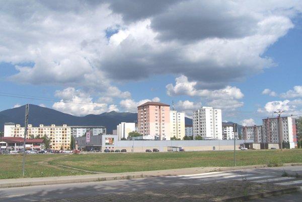 Východný mestský okruh pretne Košúty.