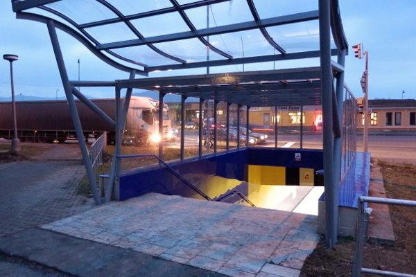 Podchod v Humennom sa bude opäť opravovať.