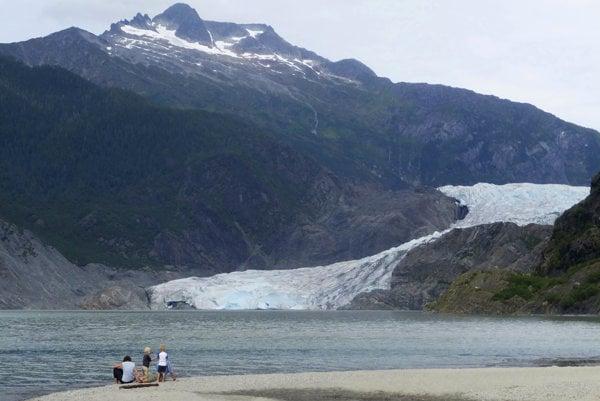Trvalo zamrznutá pôda na Aljaške už nie je trvalá.