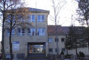 Do mikulášskych škôl nastúpi 2300 školákov.