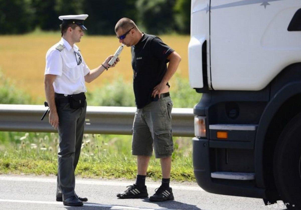 393a397a3 Polícia si posvietila aj na cyklistov, 31 z nich jazdilo pod vplyvom ...