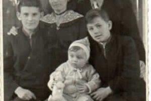V roku 1957 sa manželia Skladanovci nasťahovali do svojho nového domu so svojimi ratolesťami.
