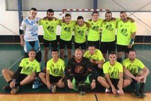 Devils Čadca po víťaznom zápase v Banskej Bystrici.