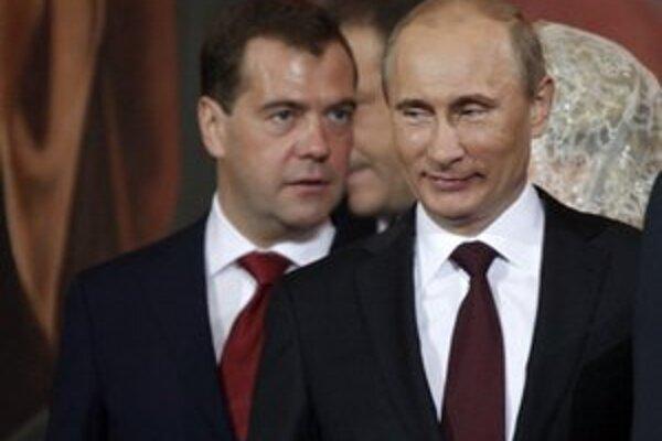 Ruský mocenský tandem Medvedev - Putin.