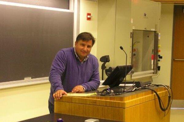Ivan Šalamon je vedúcim projektu Výskum možností pestovania borievky obyčajnej na Prešovskej univerzite.