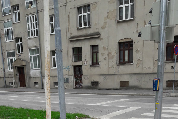 Stĺpy na Letnej. Tak takto sa menia Košice v 21. storočí.