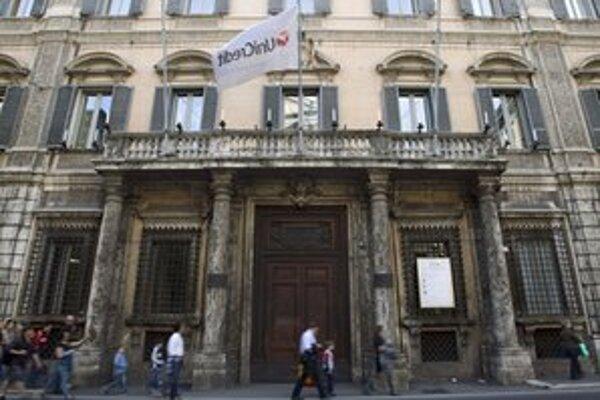 Kaddáfí mal podiel aj v banke Unicredit.