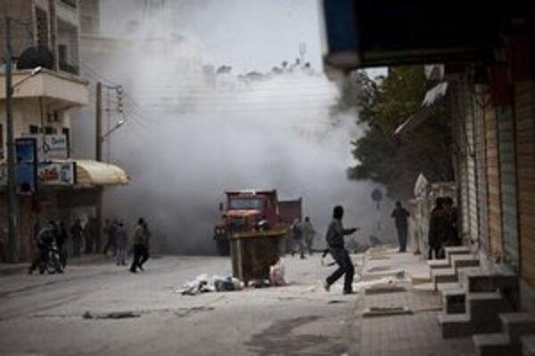 Boje v sýrskom meste Idlib.