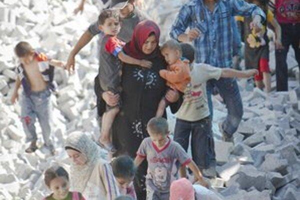 Počas násilia v Sýrii ušlo z domovov  230tisíc civilistov.
