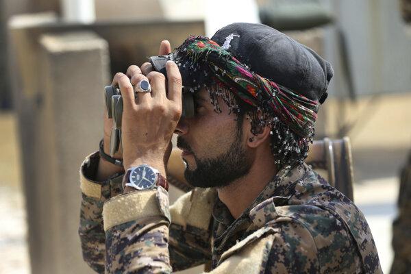 Sýrske demokratické sily dobyli najväčšie ropné pole v krajine