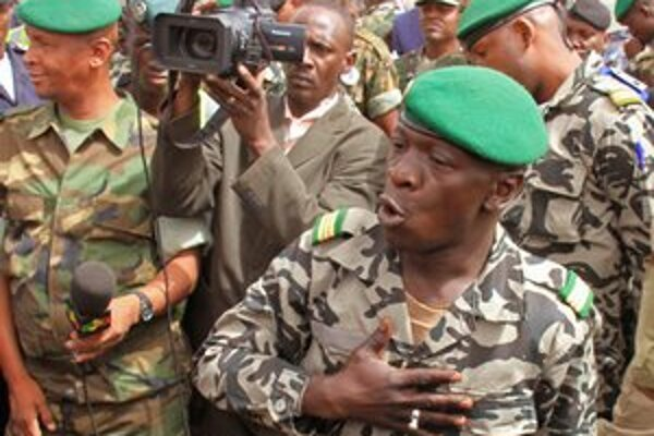 Amadou Sanogo.