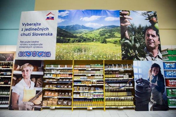 Potraviny od lokálnych výrobcov v Tesco.