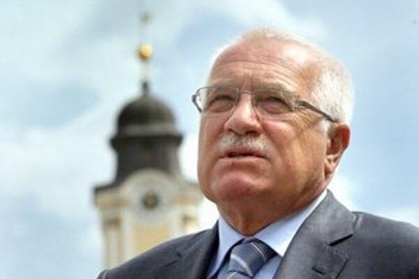 Klausovho nástupcu budú Česi prvýkrát vyberať priamou voľbou.