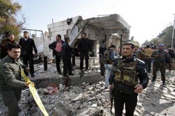 Nepokoje v Sýrii neutíchajú.