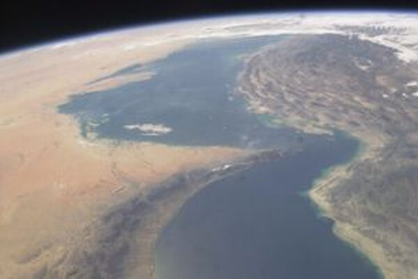 Hormuzský prieliv z pohľadu vesmírnej stanice ISS.