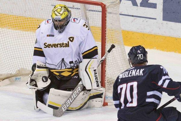 Július Hudáček (vľavo) si zahrá v All Star zápase KHL 2018.