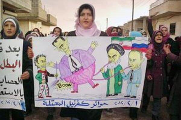 Protestujúca žena v Sýrii na plagáte odsudzuje iránsku a ruskú podporu pre sýrskeho lídra Asada.