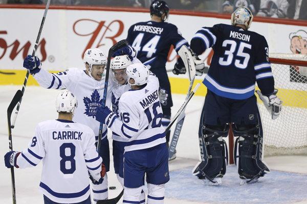 Winnipeg v prvom domácom zápase neuspel.