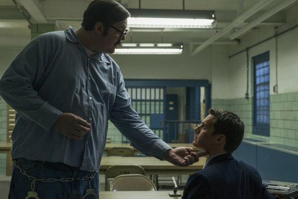 Vyšetrovateľ Holden Ford vedie v seriáli Mindhunter výskum o osobnosti vrahov.