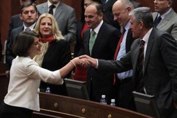Jahjagaová je prvou ženou vo vysokej politike v Kosove.