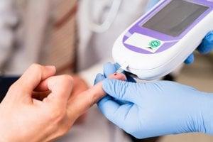 Glykometer je pre cukrovkárov nenahraditeľnou pomôckou.