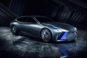 Lexus LS+ - Koncept vychádza z nedávno predstaveného nového Lexusu LS. Je vybavený novým diaľničným autopilotom a systémom aktualizácie softvéru na diaľku.
