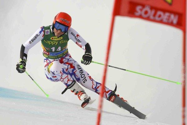 Petra Vlhová v prvom závode sezóny.