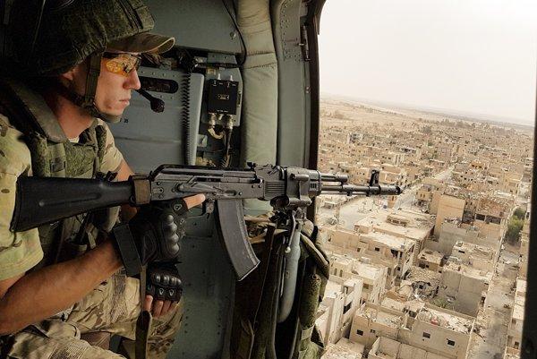 Ruskí vojaci bojovali proti Islamskému štátu v Sýrii. Stáli tak proti tisíckam svojich krajanov.