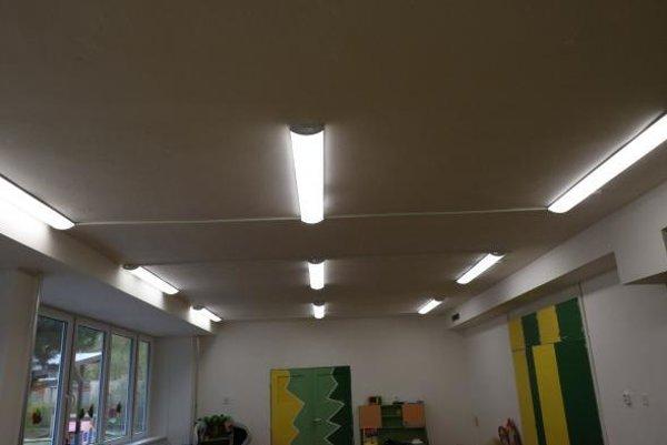 Vymenené je aj kúrenie a do miestnosti zaviedli úsporné osvetlenie.