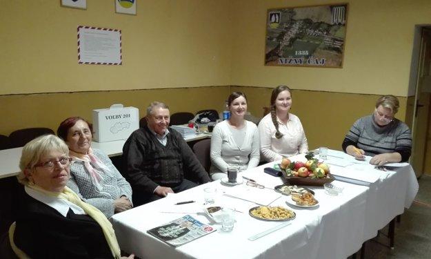 Voľby v obci Nižný Čaj pri Košicach.