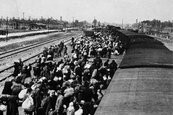 Deportácie do Osvienčimu.