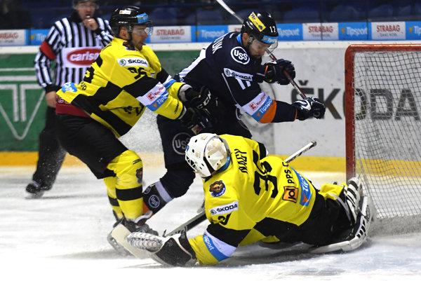 Hráči Detvy zakončili náročný program zápasom 19. kola na ľade Košíc.