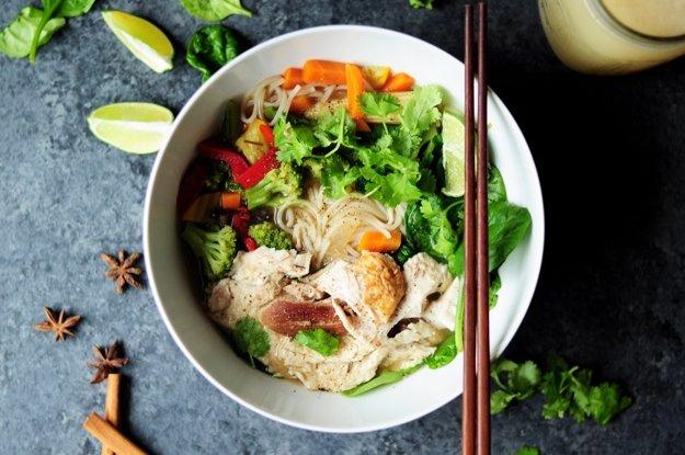Thajská rezancová polievka
