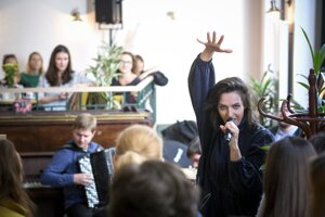 Jana Kirschnerová v utorok predstavila album koncertných nahrávok Živá na troch miestach v Bratislave.