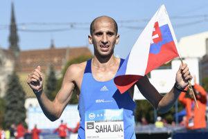 Maratónska hviezda. Tibor Sahajda chce po  MMM zažiariť aj v Berlíne.
