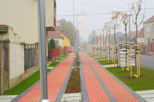 Záber z obce Zemné