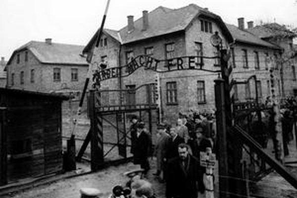 Vrba a Wetzler ušli z koncentračného tábora, aby prezradili jeho tajomstvo.