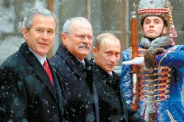 George Bush navštívil Slovensko v roku 2005. Spoločne s vtedajším ruským prezidentom Putinom.