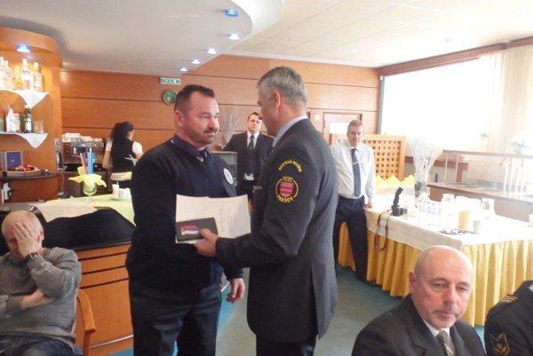 Ocenený Igor Zbojovský. V radoch MsP pôsobí už 25 rokov.
