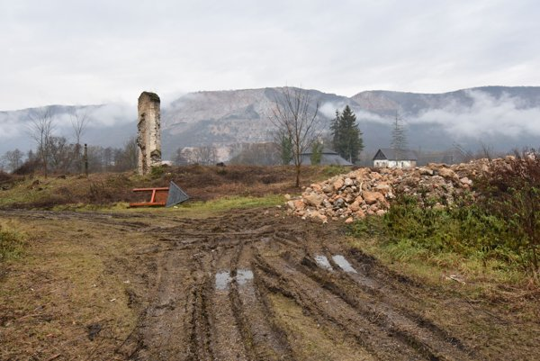 Areál zaniknutého pavlínskeho kláštora vGombaseku.
