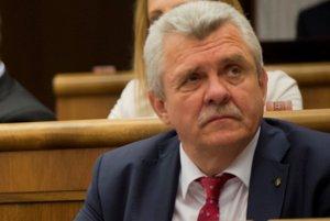 Peter Marček vstúpil do parlamentu ako poslanec hnutia Sme rodina.