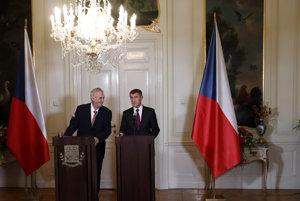 Ešte na konci októbra poveril prezident Zeman Andreja Babiša zostavením vlády. V utorok sa stretnú znova.